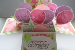 box card 4 balloons and stars